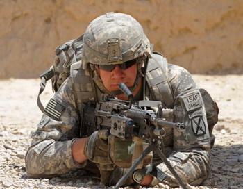 Солдат армии США в Кандагаре. Фото: TAUSEEF MUSTAFA/AFP/Getty Images