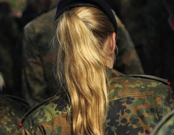 Женщины в Норвегии станут военнообязанными. Фото: Sean Gallup/Getty Images