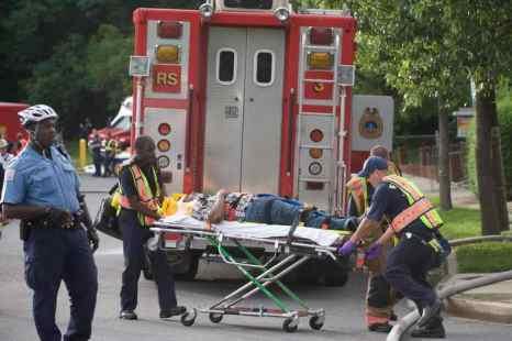 Столкновение двух пассажирских поездов в штате Коннектикут в США произошло 17 мая. Фото: SAUL LOEB/AFP/Getty Images