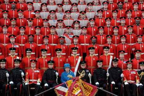 Более сотни гвардейцев Британского королевского полка заразились чесоткой.  Фото: Anthony Devlin/AFP/Getty Images