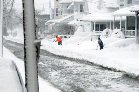 Стихия в Новой Англии. Фото: Jared Wickerham/Getty Images