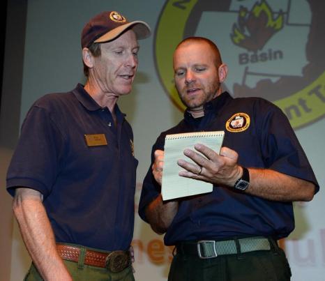 Пожарные в Лас-Вегасе борются с пожаром, задействовано более тысячи человек. Фото: Ethan Miller/Getty Images