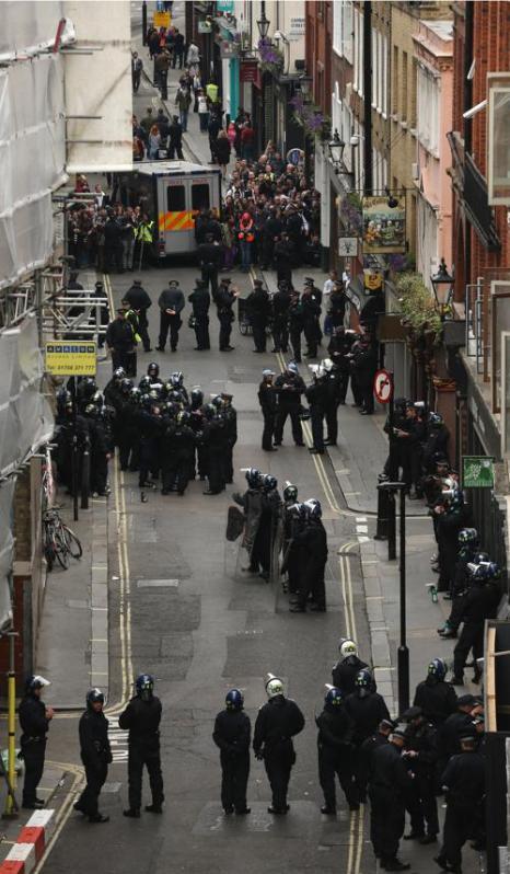 Акция антиглобалистов и анархистов против саммита G8 прошла в Лондоне. Фото: Dan Kitwood/Getty Images