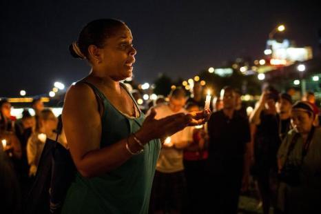 Тысячные акции протеста начались в Нью-Йорке после вынесения оправдательного приговора Джорджу Циммерману, убившему афроамериканского подростка в Сэнфорде (США) 15 июля 2013 года. Фото: Andrew Burton/Getty Images
