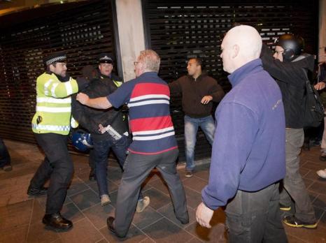 Убийство военнослужащего в Лондоне власти назвали терактом. Фото: JUSTIN TALLIS/AFP/Getty Images