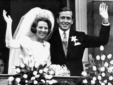 Свадьба принцессы Беатрикс и принца Клауса 10 марта 1966 года в Амстердаме. Фото: -/AFP/Getty Images