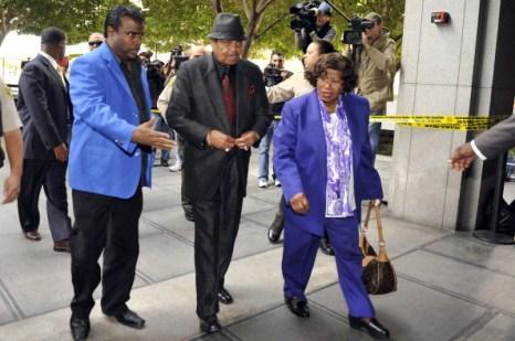 Слушания по делу о смерти Майкла Джексона начались 4 января 2011 в Лос-Анджелесе, Калифорния,   США. Фото: Toby Canham/Getty Images