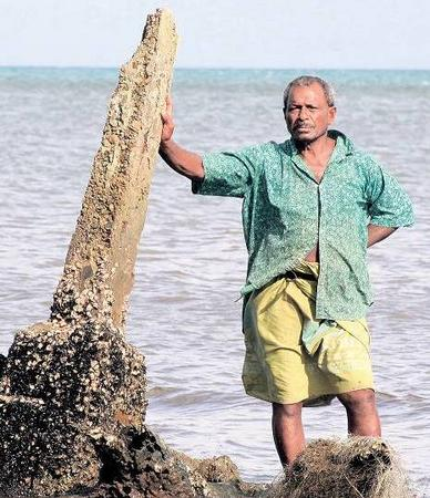 Житель острова Фиджи Джеймс Данн считает, что им осталось только молиться. Фото: Der Tagesspiegel