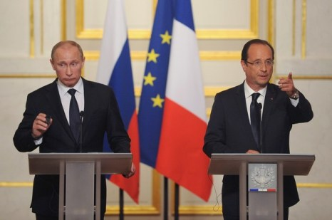 Путин и президент Франции Олланд в Елисейском дворце 1 июня. Фото: Antoine Antoniol/Getty Images