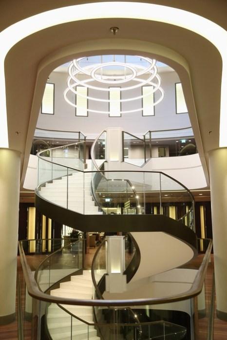 Отель люкс Вальдорф Астория Берлин открыл свои двери 3 декабря 2013 г. Фото: Andreas Rentz/Getty Images