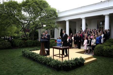 Национального учителя года США поздравил президент в Белом доме. Фото: Alex Wong/Getty Images
