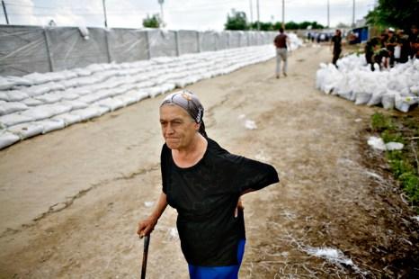 Население Румынии переживает трудные времена. Фото: ANDREI PUNGOVSCHI/AFP/Getty Images