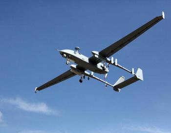 Беспилотный летательный аппарат (БПЛА) Heron, построенный в Израиле и приобретённый ВМС Индии. Фото: Israel Aerospace Industries via Getty Images