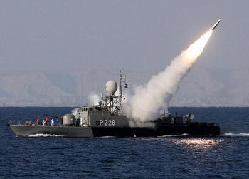 Иранский военный флот оснастили современным вооружением. Фото: EBRAHIM NOROOZI/AFP/Getty Images