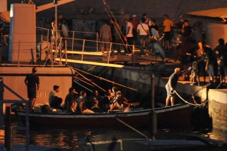 В течение года на лодках через Средиземное море в Италию приплыли 24 тысячи беженцев. Только за последние 40 дней зарегистрировано около 9000 беженцев, сказал министр внутренних дел Анджелино Альфано на прошедшей неделе в Риме. Фото: Tullio M. Puglia/Getty Images