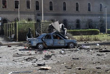 Машина, начинённая взрывчаткой, где находился террорист-смертник. Фото: AFP/Getty Images
