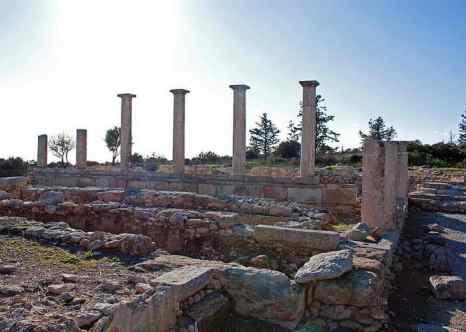 Храм Аполлона Илатиса. Фото: Wknight94/commons.wikimedia.org