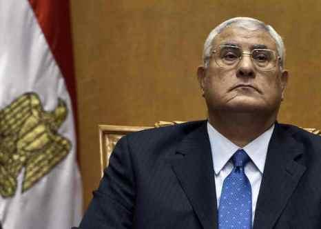 В Египте председатель Конституционного суда Адли Мансур был приведён к присяге в качестве временно исполняющего обязанности президента. Фото: KHALED DESOUKI/AFP/Getty Images