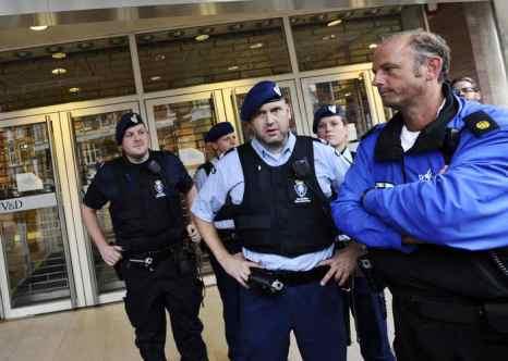 Голландия. Полиция. Фото: Mario Tama/Getty Images