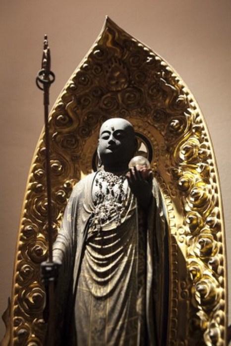 Японская буддийская фигурка из коллекции Хороши Янаги, Нью-Йорк, 12 марта, 2014. Фото: Samira Bouaou/Epoch Times
