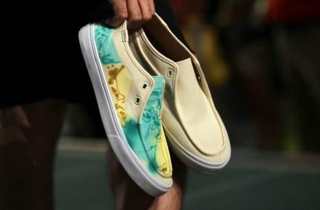 Показ новой коллекции обуви Project Canvas состоялся на подиуме торгового центра «Показ мод» (Fashion Show) 20 августа 2013 года в Лас-Вегасе, штат Невада. Фото: Isaac Brekken/Getty Images for Pastry Fashion Show