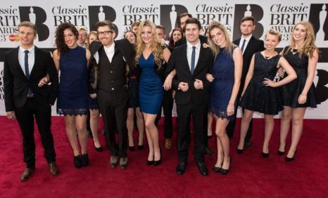 Участники всемирного музыкального конкурса «Голос» приняли участие в церемонии вручения музыкальных наград Великобритании в области классической музыки (Classic BRIT Awards 2013) 2 октября 2013 года в Лондоне, Англия. Фото: Ian Gavan/Getty Images