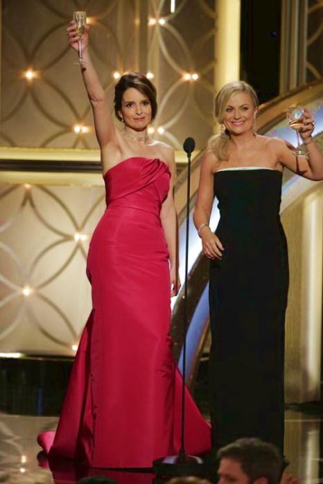 Ведущие вечера актрисы Эми Полер и Тина Фей на церемонии вручения награды «Золотой глобус» 2014 в Беверли-Хиллз 12 января 2014 года. Фото: Paul Drinkwater/NBCUniversal via Getty Images