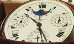 Самые дорогие в мире часы продадут на аукционе