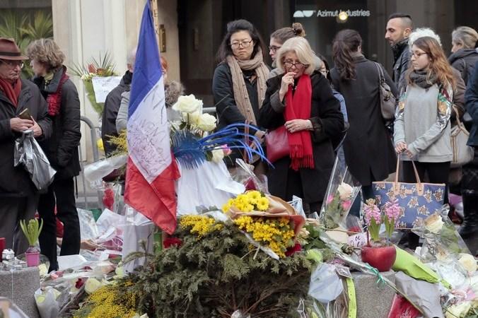 Париж, памятник