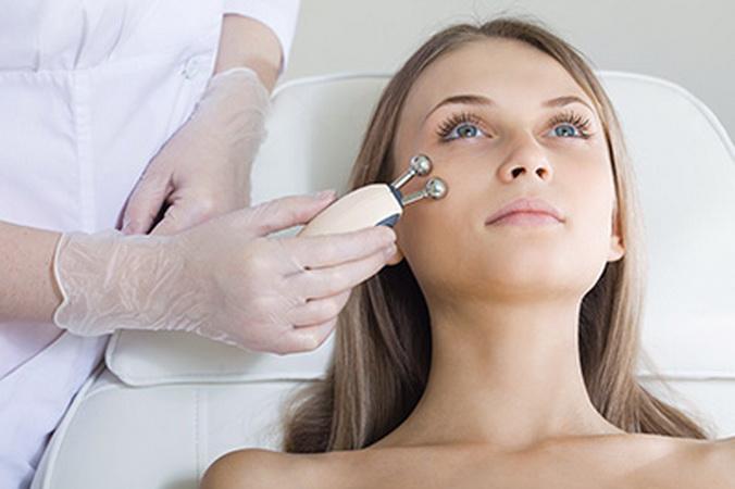 Аппаратная косметология. Фото: a-clinic.ru