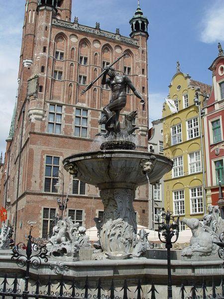 Neptun_Monument_in_Gdańsk_(5)