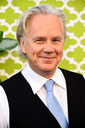 """HOLLYWOOD, CA - JUNE 08:  Actor Tim Robbins, arrives at the Premiere Of HBO's """"The Brink""""  at Paramount Studios on June 8, 2015 in Hollywood, California.  (Photo by Frazer Harrison/Getty Images)"""