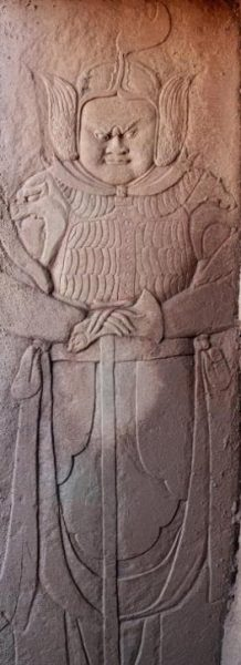 carvings-at-the-tomb