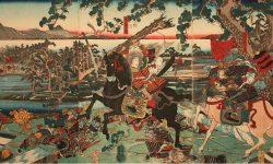 женщина-воин Томоэ Годзе в битве у Авазу