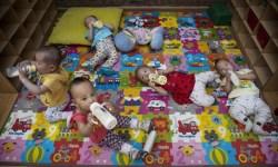 экономического кризиса власти разрешили заводить более одного ребенка