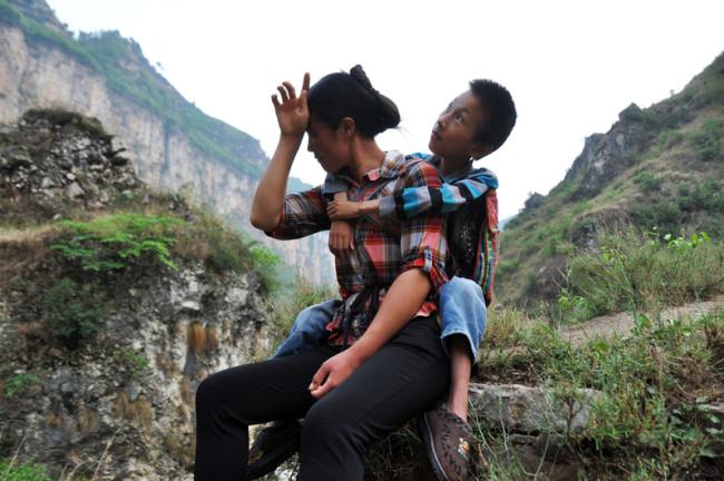 17 апреля 2015 года. Окрестности города Бицзе провинции Гуйчжоу. Фото epochtimes.com