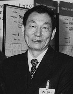 Чжу Жунцзи Премьер Госсовета КНР