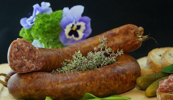поддельные колбасы в России
