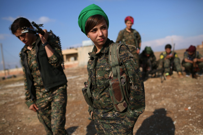 Курды, в том числе и женщины, активно сражаются против террористической группировки «Исламское государство». Фото: John Moore/Getty Images