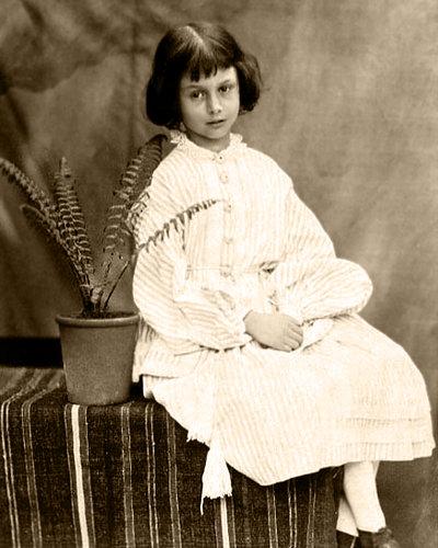 Алиса Лиделл