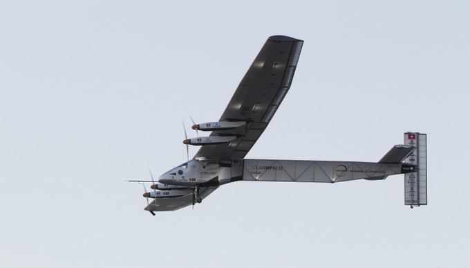 Самолёт на солнечных батарейках Solar Impulse 2. Фото: EUGENE TANNER/AFP/Getty Images