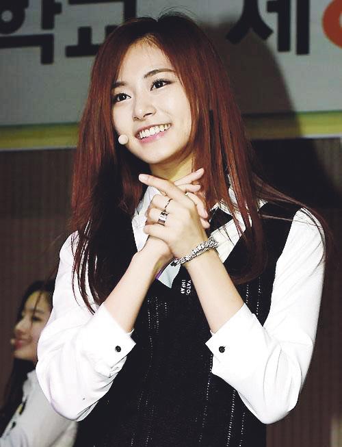 Звезда жанра K-pop Чжоу Цзы-юй, участница женского южнокорейского ансамбля TWICE. Фото: архив «Великой Эпохи2