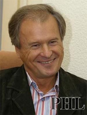 Народный депутат Украины Юрий Костенко. Фото: phl.com.ua