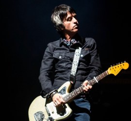 Johnny Marr performing at The Vic in Chicago on May 13, 2019