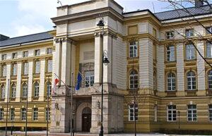 1024px-Kancelaria_rady_ministrow
