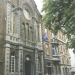 Façade de l'église protestante de Charleroi