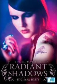 Radiant Shadows - Melissa Marr portada