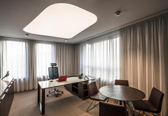 Los beneficios de una buena iluminacin en la oficina  EQIN Estudio Mobiliario y Reformas de Oficina