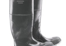 """ONGUARD 86101 Polyurethane/PVC Polyblend Men's Plain Toe Knee Boots with Cleated Outsole, 16"""" Height"""