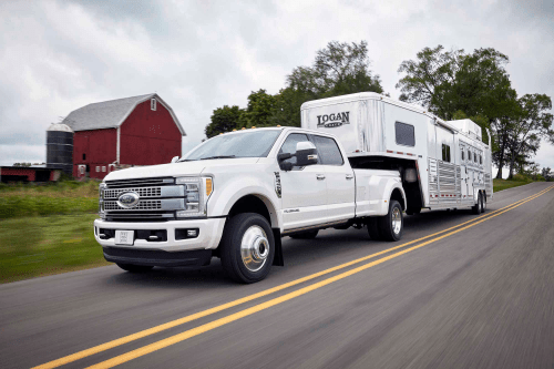 small resolution of the 2017 ford f 450 platinum crew cab 4x4 class 3 dual rear